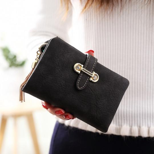 Անփայլ կաշվե դրամապանակ